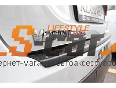 "Накладка на бампер пластик Lada Vesta седан ""AVENUE"""