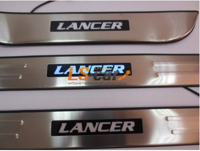 Накладки на пороги светящиеся Mitsubishi Lancer 9