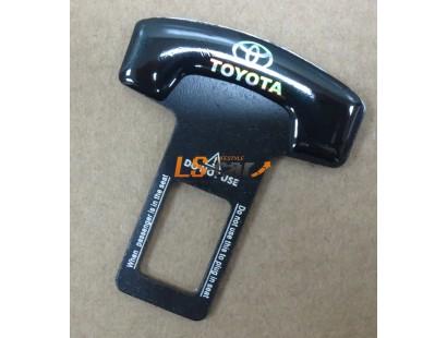 Заглушка ремня безопасности с логотипом TOYOTA (B-1)