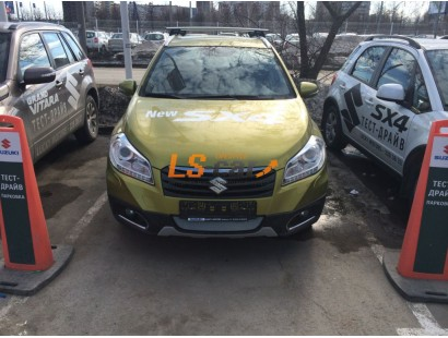 Защита радиатора  Suzuki SX4 NEW 2013- chrome