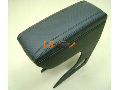 """Подлокотник кожаный """"Варта"""" ВАЗ 2113-2115 чёрный"""