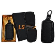 Ключница на молнии для а\м ключей F-01- черная кожа, карабин